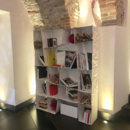 libreria del design Steven Cavagna punto di bookcrossing al CombitHotel
