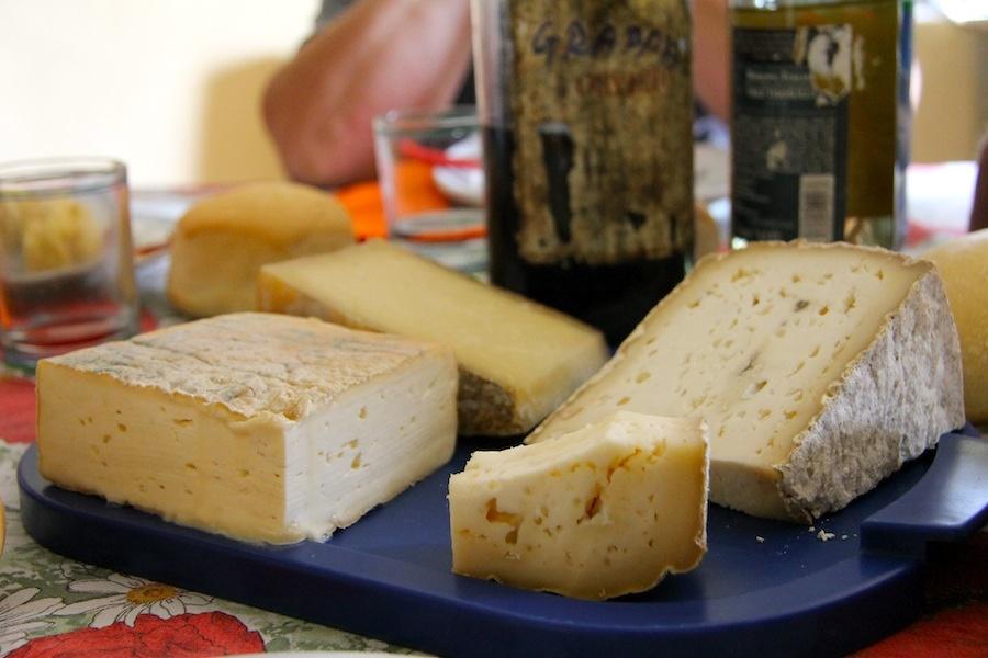 Itinerario gastronomico: 4 formaggi bergamaschi in un unico piatto e qualche curiosità