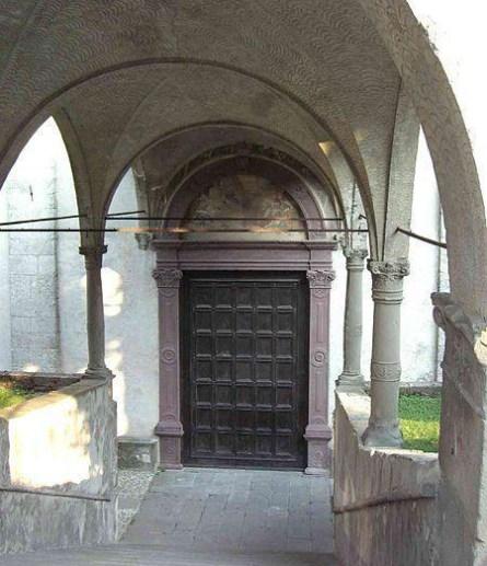 Portale rinascimentale di Santa Maria in Valvendra