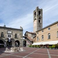 5 curiosità e cose da fare in Piazza Vecchia una volta scoperte