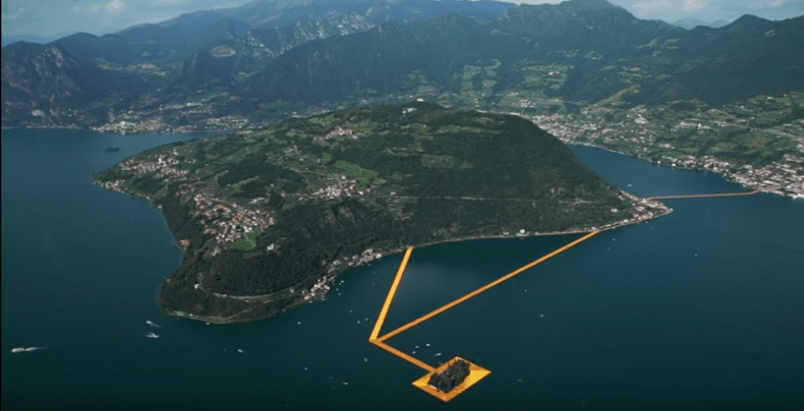 The floating piers di Christo sul Lago d'Iseo