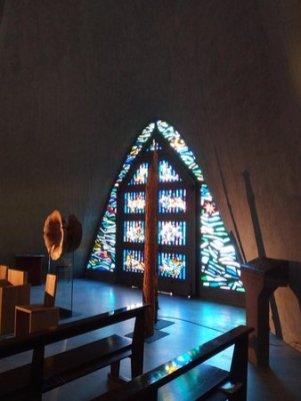 la-porta-d-ingresso-Chiesa di Longuelo
