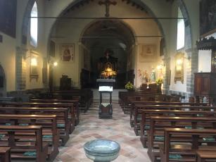 Interno della terza chiesa al Santuario del Perello