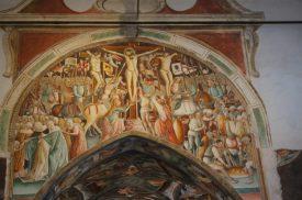 Gesù in croce, affresco nell'Oratorio di Clusone
