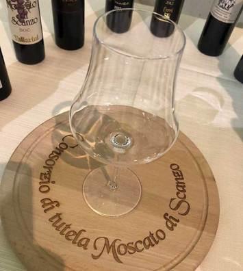 bicchiere Moscato di Scanzo