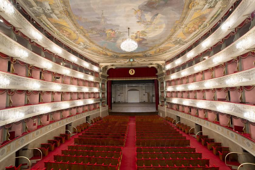 teatro-donizetti-panoramica.jpg