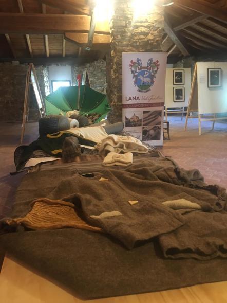 indumenti in lana di pastori
