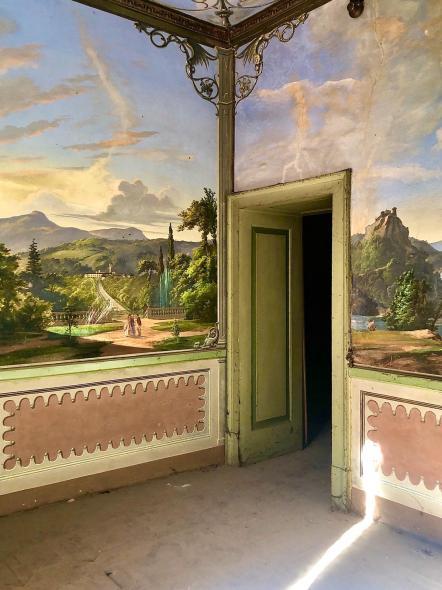 Pareti dipinte a Villa Astori
