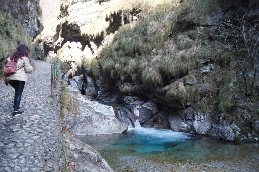 Lungo il torrente Vertova
