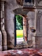 Porticina laterale Basilica di Santa Giulia Bonate Sotto