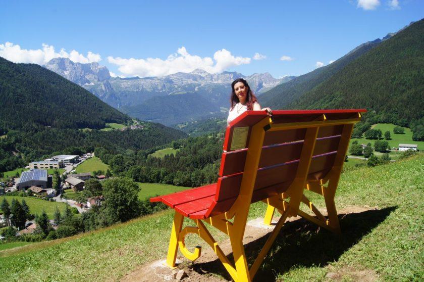 Raffi Garofalo sulla Panchina Gigante di Schilpario (Bg)