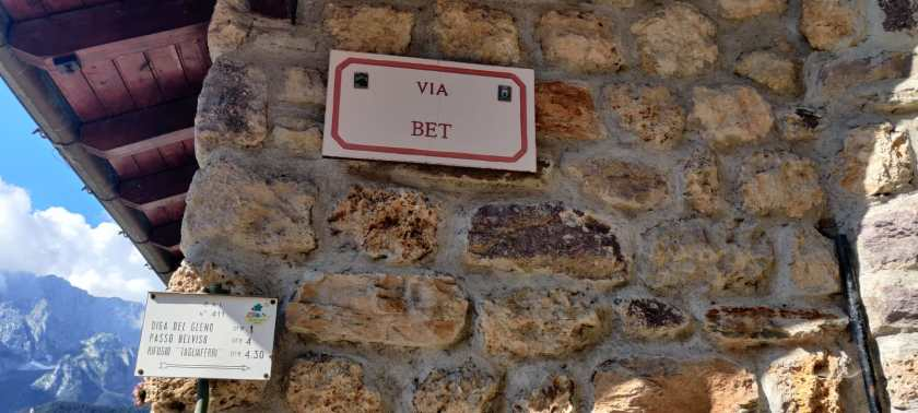 Pianezza via Bet