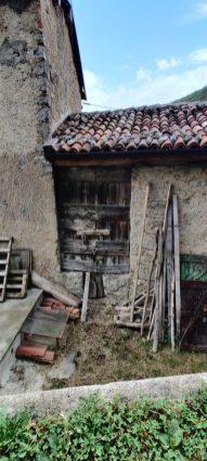 Porte tipiche delle stalle dell'alta Valle