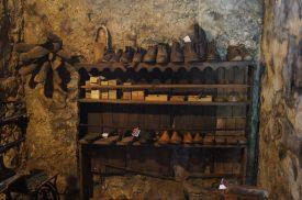 stanza del Calzolaio al museo etnografico di Valtorta