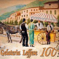 All'antica Gelateria Leffese per assaggiare il gelato che celebra i primi 100 anni del locale