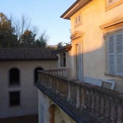 Villa Siotto Pintor primo piano balaustra balcone