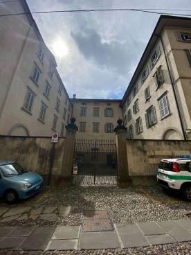 Casa del Dispetto Bergamo 1