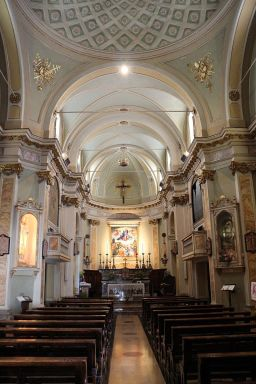 Santa Maria dell'Assunta Celana interno