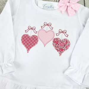 Valentines hearts shirt, Hearts shirt, Valentines shirt, Monogrammed shirt, Monogrammed toddler shirt, Monogrammed girl, Monogrammed boy, Vintage stitch, Applique, Classic applique