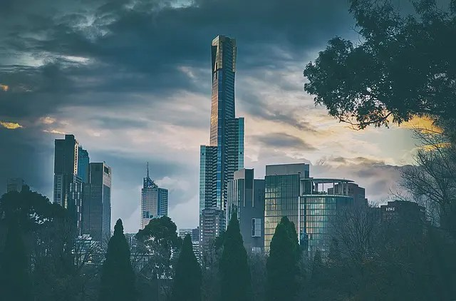 Melbourne skyscraper. Things to learn in Australia.