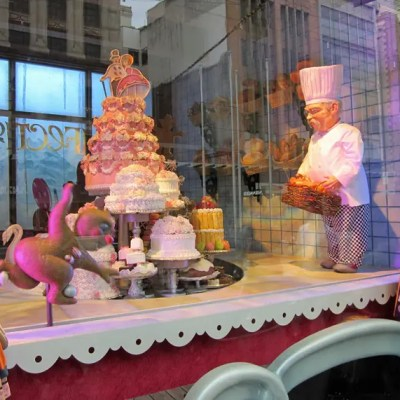 Myer Christmas windows: Gingerbread Friends