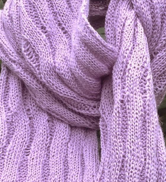 Merino Wool Scarf in lilac