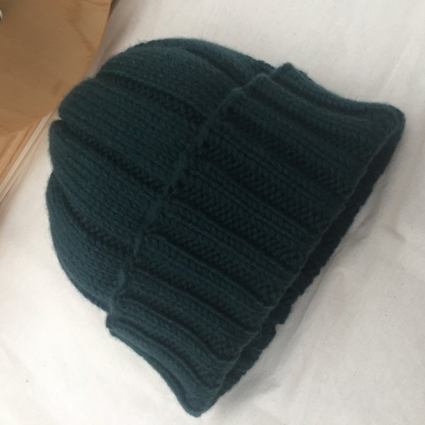 Mens chunky hat knitted in British lambswool