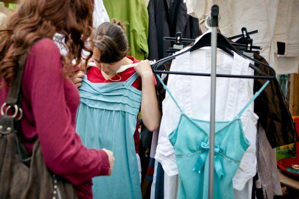 thrift-store-tips-for-buying-used-clothing