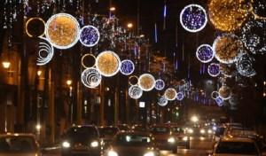 Luminitele de Craciun-bucuria copiilor si a celor mari