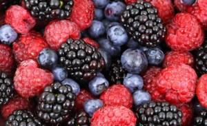 4 fructe de padure cu beneficii maxime pentru sanatate
