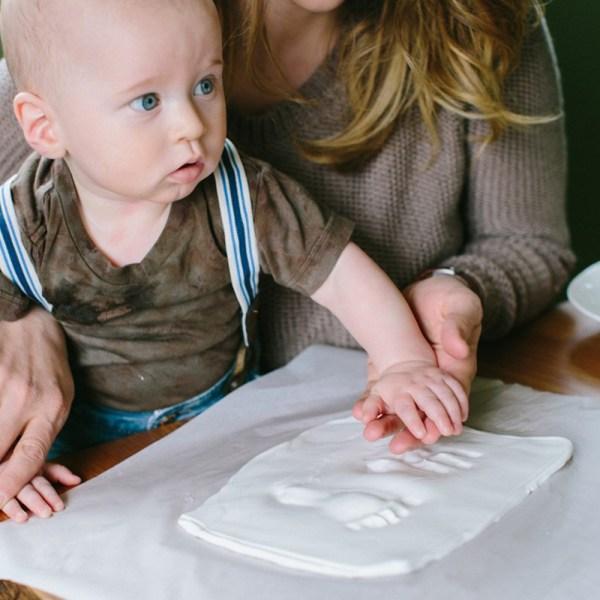 Babyprints - Lata cuadrada para guardar la huella de tu bebé