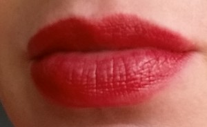 Bobbi Brown Nourihsing Lip Color - Poppy - Swatch on lips in natural light