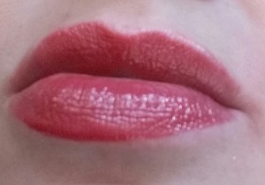 Bobbi Brown Nourishing Lip Color Uber Rose - swatched on lips