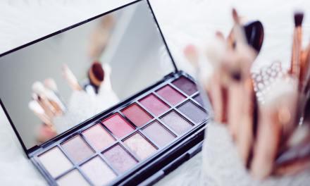 Strobing: Entenda o sucesso desta maquiagem