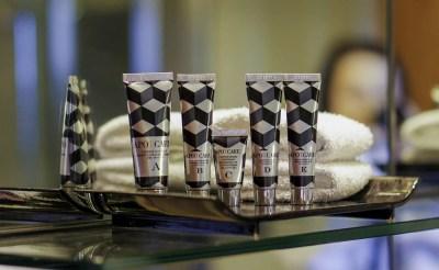 Apot.Care Bon Voyage Travel Kit skincare cream cleanser detox mask крем уход за кожей