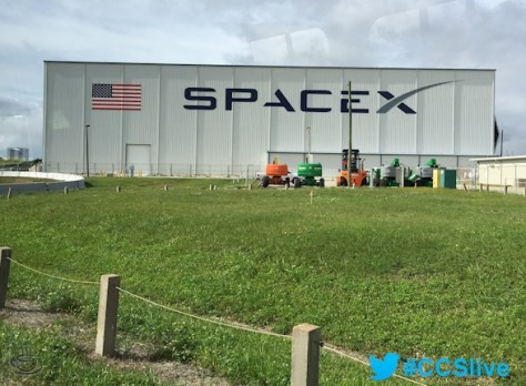 02a - Space or UFO
