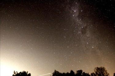 2013-03-13: Milky Way - 2 x 30sec, 10mm, f/4, ISO 3200.