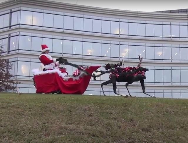 Image: Robot reindeer