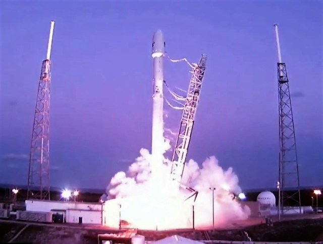 Image: Falcon 9 launch