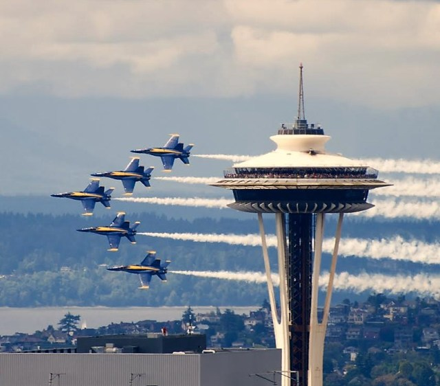 Image: Blue Angels and Space Needle
