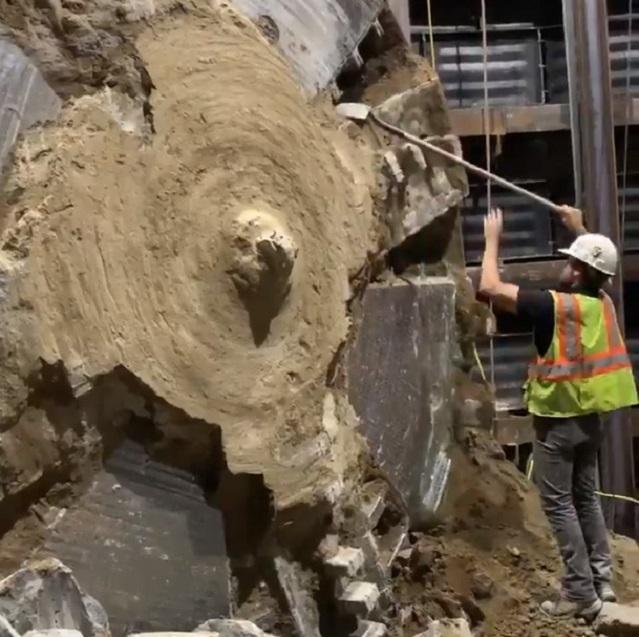 Tunnel worker