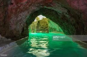 cave bath5