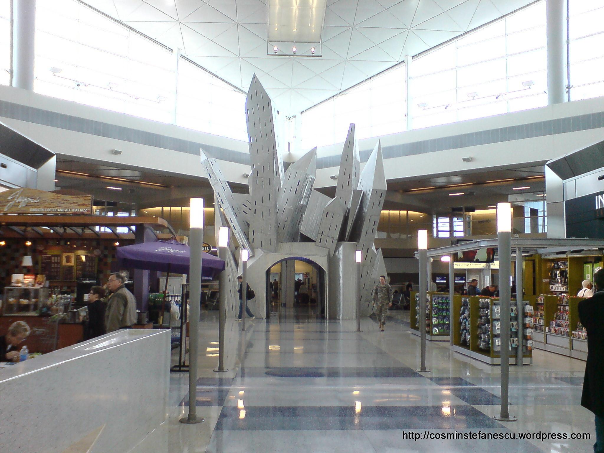 Dallas Airport  09.02.2009 - în incinta terminalului