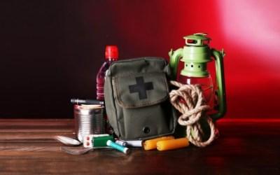 Basic Survival Skills: Live The Survivalist Lifestyle