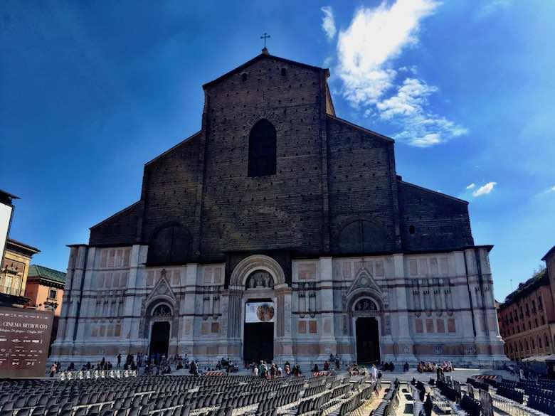 The facaded of the Basilica di San Petronio on the Piazza Maggiore in Bologna
