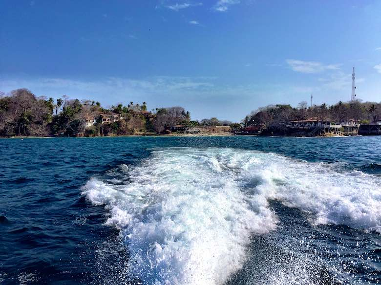 View from the ferry leaving Isla Contadora, one of the Las Perlas islands near Panama City, Panama