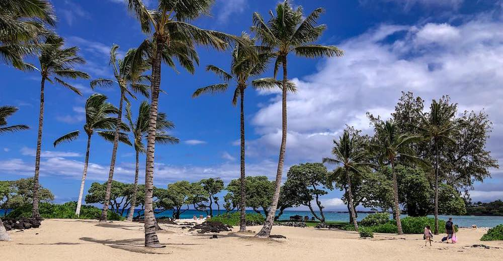 Kika'ua Point Beach Park at the south of Kukio beach, one of the best Big Island beaches for families