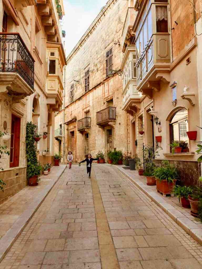 The pretty streets of Birgu - Vittoriosa, one of Three Cities
