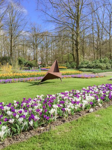 Statue at Keukenhof, the most famous tulip fields of the Netherlands