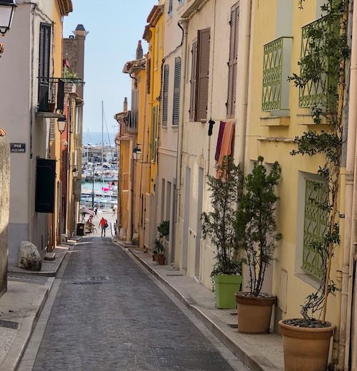 Narrow streets of Cassis village in the Provence